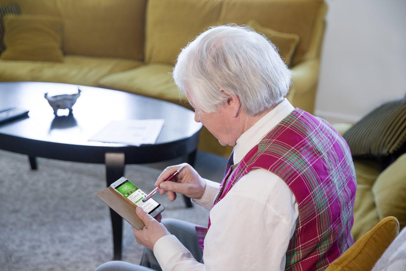 """Lietuvoje sparčiai daugėja gyventojų, kurie už būsto priežiūros paslaugas atsiskaito per mobilijąją programėlę """"eBūstas"""""""